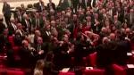 TÜRKEI: Schägerei im Parlament