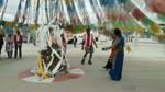 Tibetan GIRLS dance with Boys